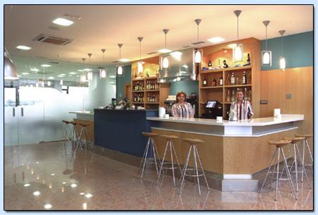 Oficina for Oficinas de dhl en madrid